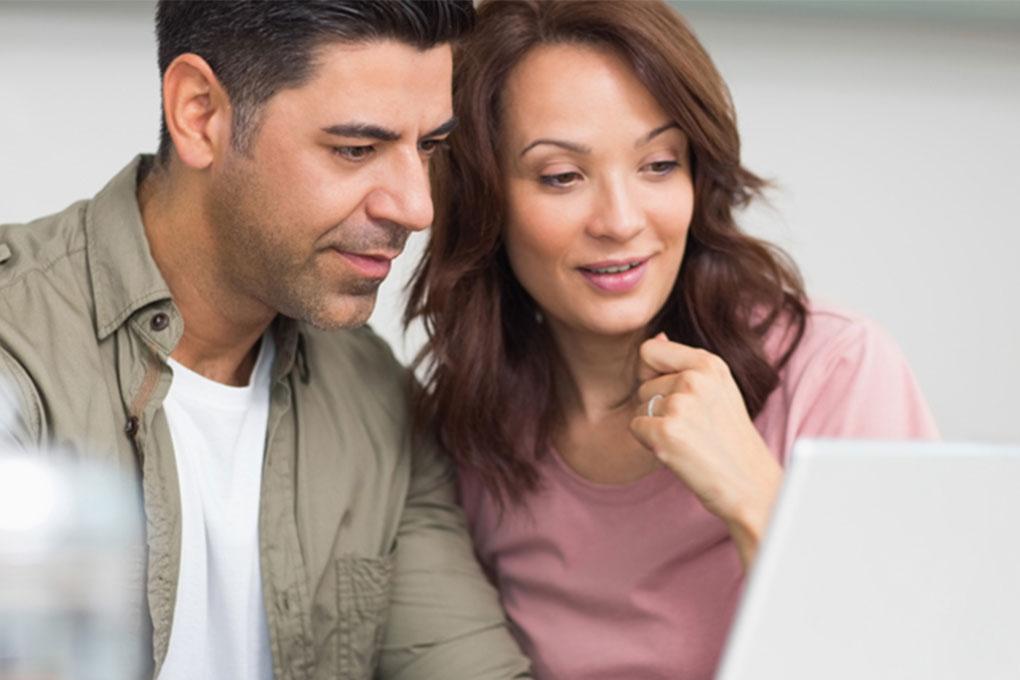 Couple et argent: Les bienfaits financiers de la vie à deux   Banque Nationale